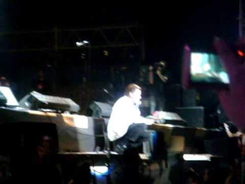 The Hives en Argentina- Come On! / Take Back the Toys
