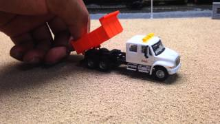 """BNSF """"Arlington Sub"""" Layout Update 18: MOW Truck and Road Lines"""