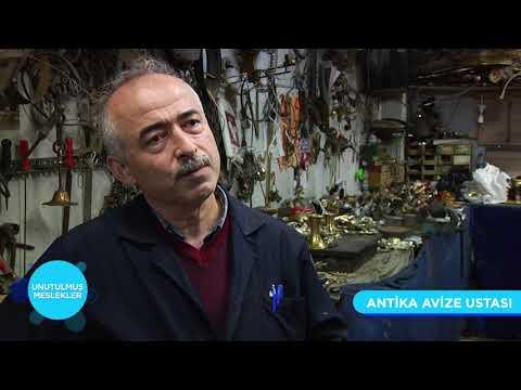 Unutulmuş Meslekler | Antika Avize Tamircisi
