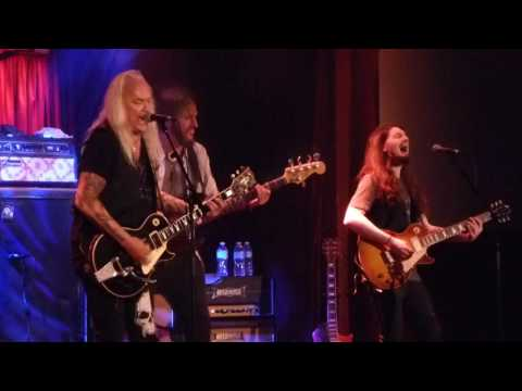 BLACKFOOT Left Turn On a Red Light LIVE BB Kings Nov. 15, 2016