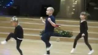 Открытый урок в танцевальном кружке  АЛЕКС  декабрь 2017г