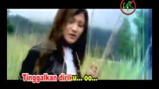 Gambar cover DELTA feat YULIS UDO   Bulan Jingga
