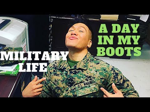 A Day In The Life : Male Enlisted U.S Marine (0111 Admin)