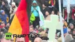 LIVE: Camera in midst of PEGIDA demo in Dresden