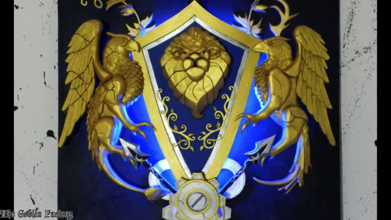 Alliance crest World of Warcraft wall art with LEDs - YouTube