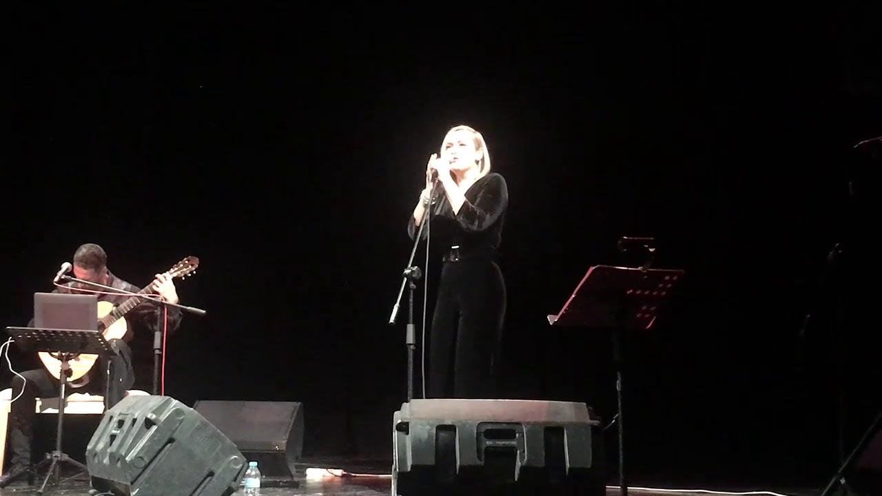 Ένα μουσικό ταξίδι από τηΡίτα Αντωνοπούλου και τον κιθαρίστα Μανόλη Ανδρουλιδάκη στην Τρίπολη