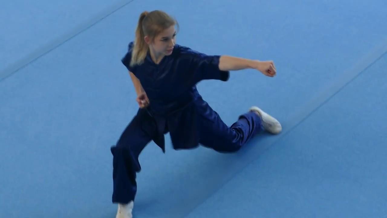 wushu girl - champion of Russia