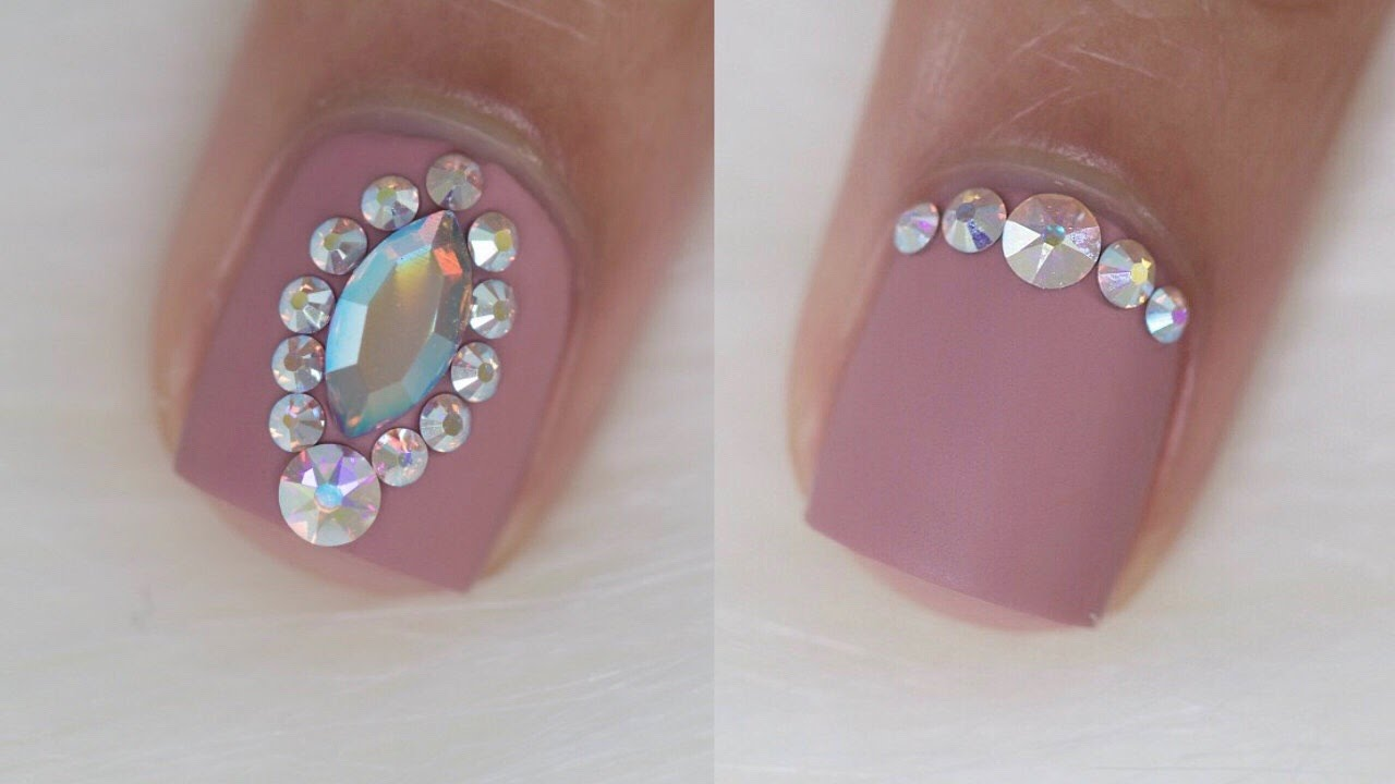 4 easy bling designs for short nails - YouTube