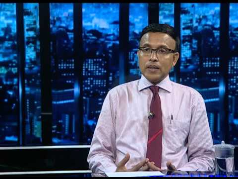 Minister of State for Education Dr Abdulla Nazeer at DhiTV Khabarutherein