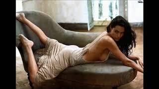 Download Video Angelina Jolie: The Beauty Angel MP3 3GP MP4