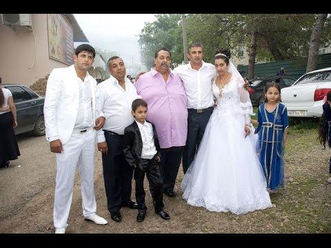 Цыганская свадьба. Красивые молодожены. Петя и Оля. 12 серия