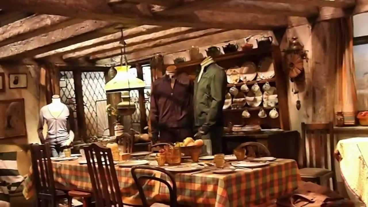 The Burrow Weasleys Home At Harry Potter Studio Tour London