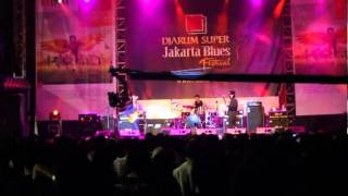 Gugun Blues Shelter - Good Things Bad Things & Who is to Blame @Jakarta Blues Festival 2010