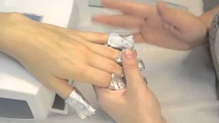 Снятие покрытия ногтей гелевым лаком (гель лаком) ibd, EzFlow и другими. Компания Виктори(У многих возникает вопрос как снимать гелевый лак (гель лак). В данном видео я покажу Вам технологию снятия..., 2014-01-15T10:20:01.000Z)