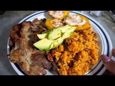 How To: Puerto Rican Food || Red Beans & Rice | Fried Pork Chops | Tostones