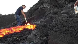 Repeat youtube video Playing with Lava
