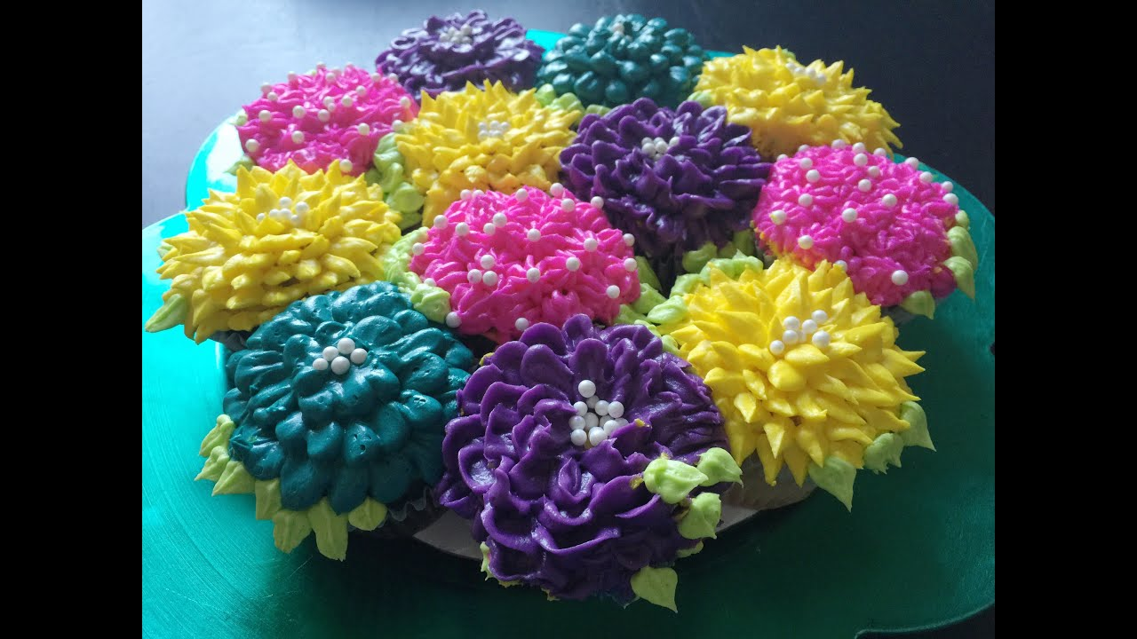 Diy pull apart cupcake flower bouquet tutorial youtube diy pull apart cupcake flower bouquet tutorial izmirmasajfo
