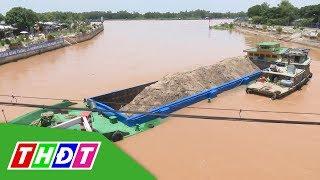 Đồng Tháp: Giải cứu sà lan bị mắc kẹt tại cầu Hồng Ngự 1 | THDT