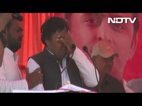 As Akhilesh Yadav Watched, Candidate Was A Crying Mess. No One Knows Why