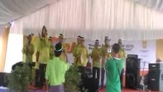 Kumpulan Kompang Sinar 12 di Karnival Iktiraf 2010