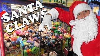 Santa CLAWS at the arcade!