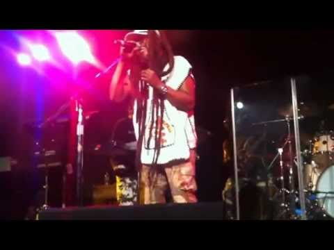 Steel Pulse Your House (Live)