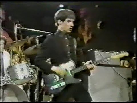 DR FEELGOOD LIVE 1975 TV SHOW - FULL CONCERT - FEAT. WILKO JOHNSON