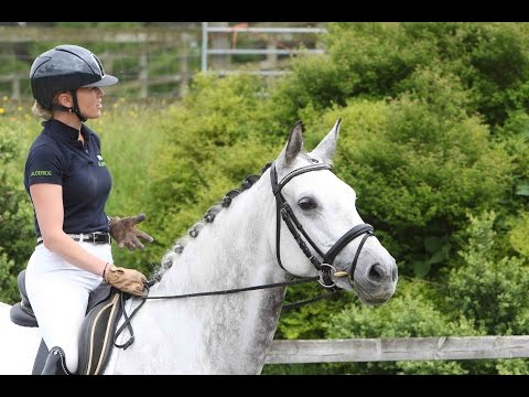 behind-the-scenes-photo-shoot-with-dressage-rider-leah-beckett