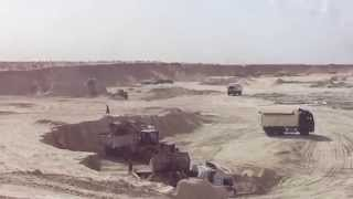 Suez Canal new: a scene in the dig in the September 29, 2014