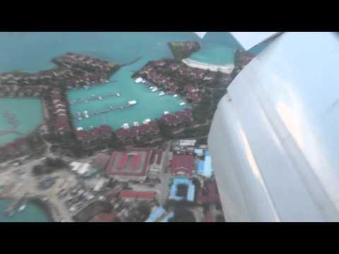 Emirates boeing 777-300er bubai mahe landing in Mahe 16.09.2015  Посадка на Сейшеллы остров Майе