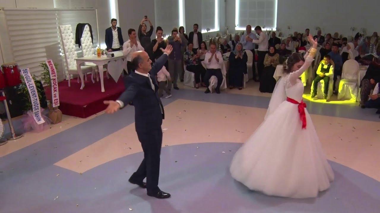 Oynaması ile Hayranlık Uyandıran Çeçen Kız ( Kafkas Türkleri, Azerbeycan Düğünü )