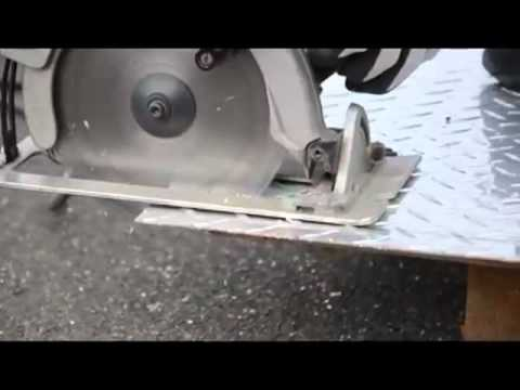 Aluminium Cutting Checkered Plate Mp4 Youtube