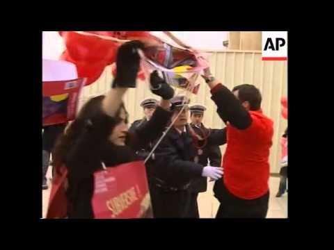 Demonstrators protest against Chinese President Hu's visit