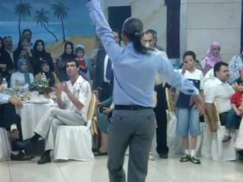 أجمل رقص شرقي (eastern dance by a man).mpg