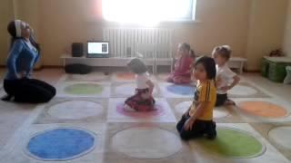 Занятия хореографией. Возраст детей - 3,5 года. Видео1(, 2013-06-23T05:07:50.000Z)