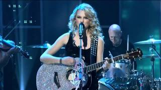 Teardrops On My Guitar - Taylor Swift - Live in 2008 New Year