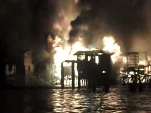 Badjao Village Isla Verde Fire Davao City 4/4/2014 Part 3