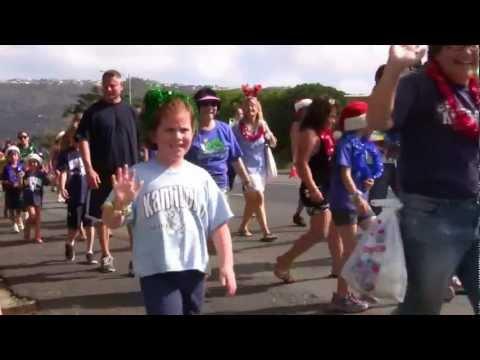 Hawaii Kai Holiday Parade 2012 - Kamiloiki Elementary School