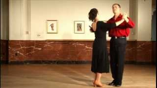 Foxtrot - Promenade Outside Under Arm Turn - Virtual Ballroom Lessons