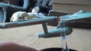 Video Review:  TOS USS Enterprise and Hirogen Hunter Ship