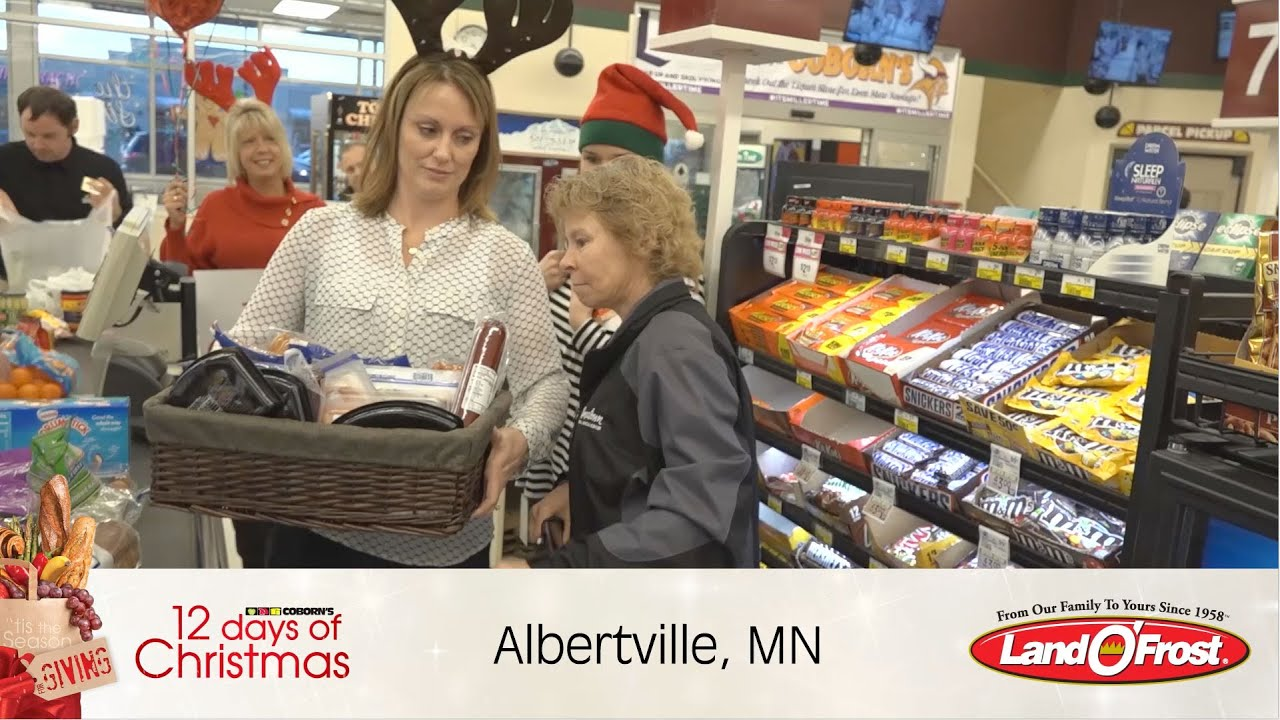 What grocery stores are open on christmas day in minneapolis