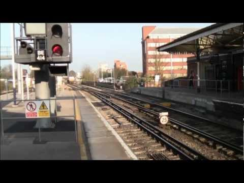 Freight Trains at Basingstoke 29/03/2012