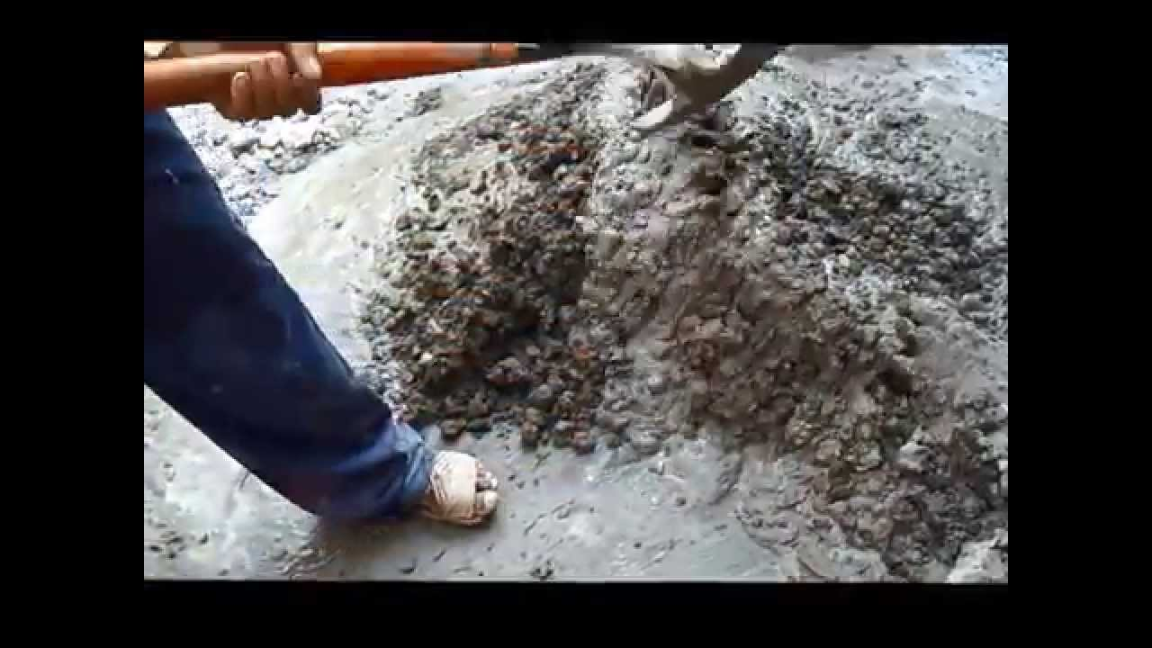 Haciendo cemento con grava hacer correctamente la amezcla - Como hacer un piso de hormigon lustrado ...