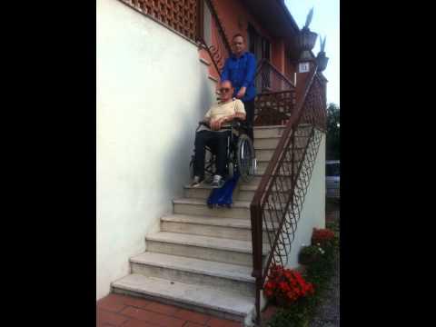 saliscale cingolato per disabili youtube