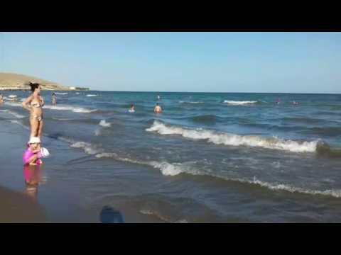 Пляж в Баку июнь 2017