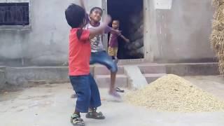Funny Dance on Smart City Jhiata Chhatita Ragadi Dela Election Song || latest funny Vedio. ||