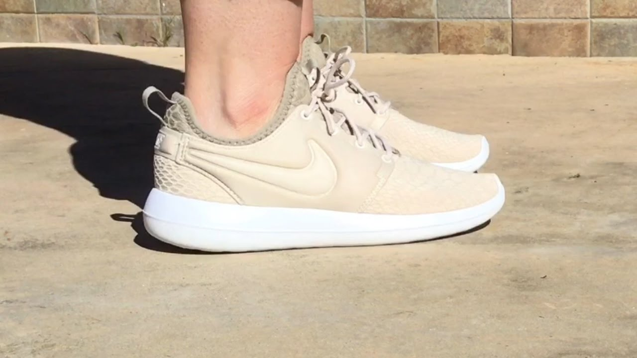 Soplar casado cómodo  Nike Roshe Two || Up close and on feet - YouTube