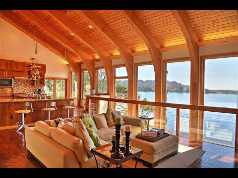 Contemporary Waterfront Retreat in Port Orford, Oregon | Sotheby's International Realty