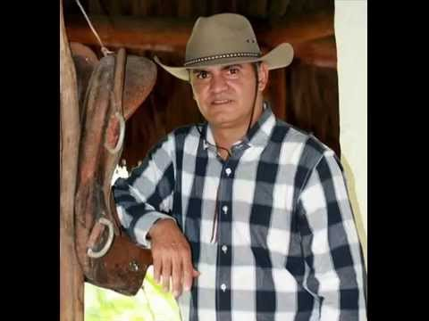 "Carlos Eduardo Sánchez ""Lalo"" -  Camarita, camara (Audio)"