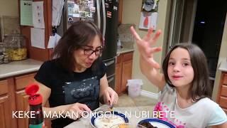 Bule makan Bubur Manado    Ongol-ongol    Ubi Bete Colo Dabu-dabu